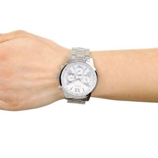 Guess W0330L3 Ladies Watch