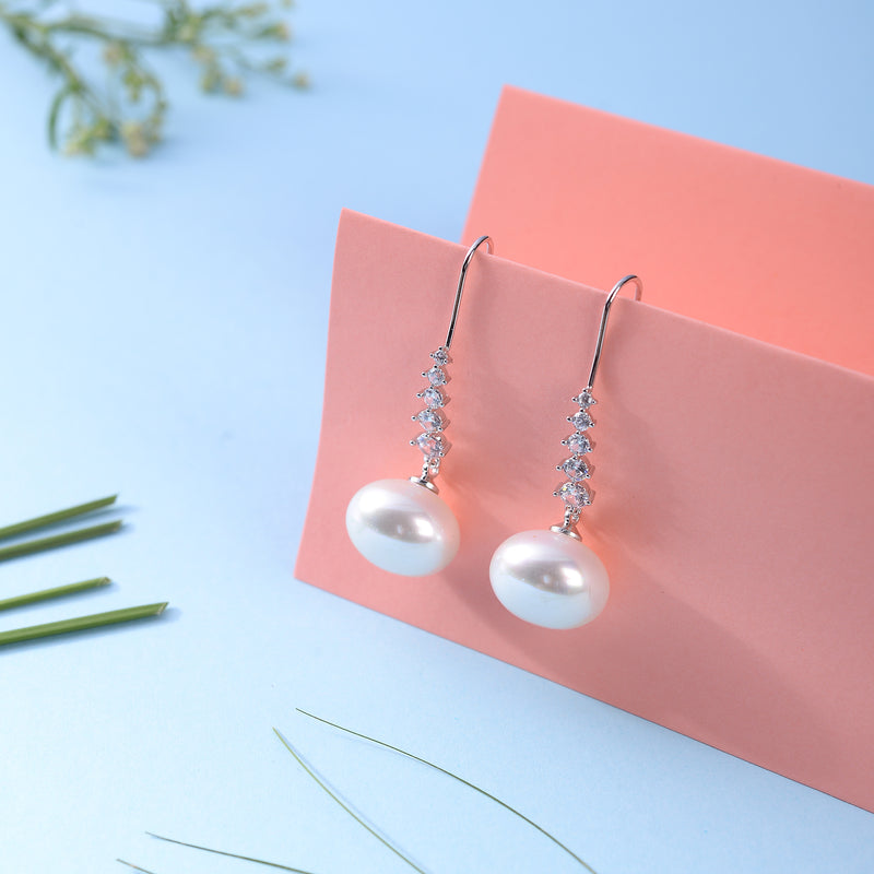 Scintillating Pearly Earrings