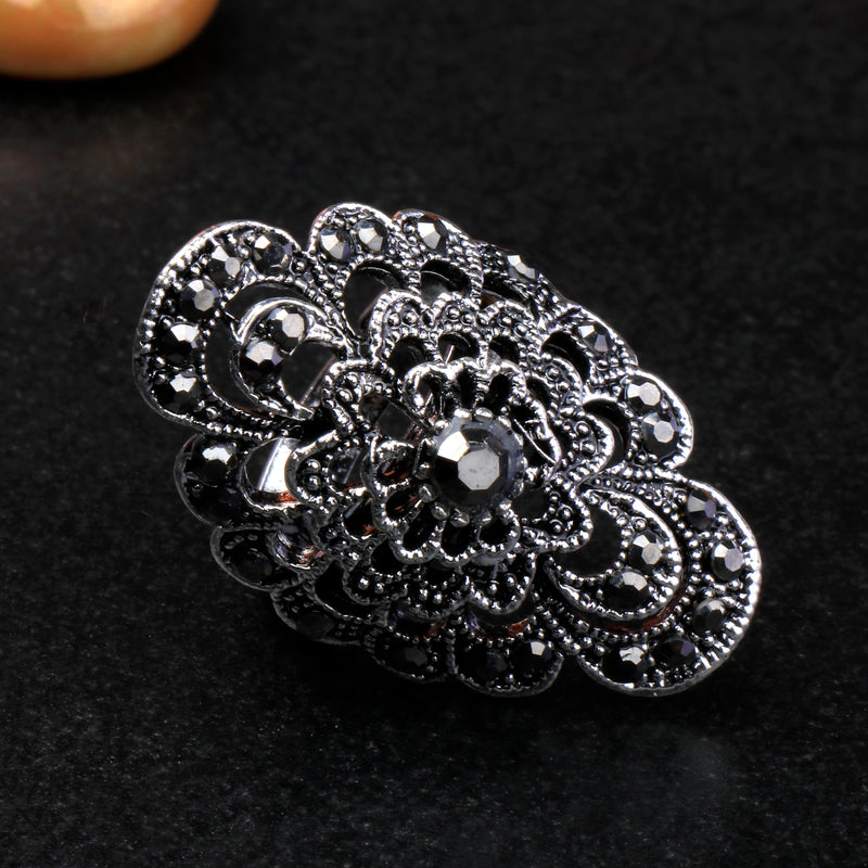 Metallic adjustable Ring