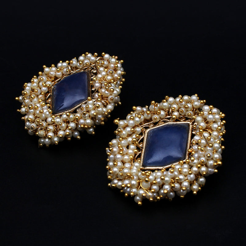 BLUE STONE STUDS EMBELLISHED WITH PEARLS