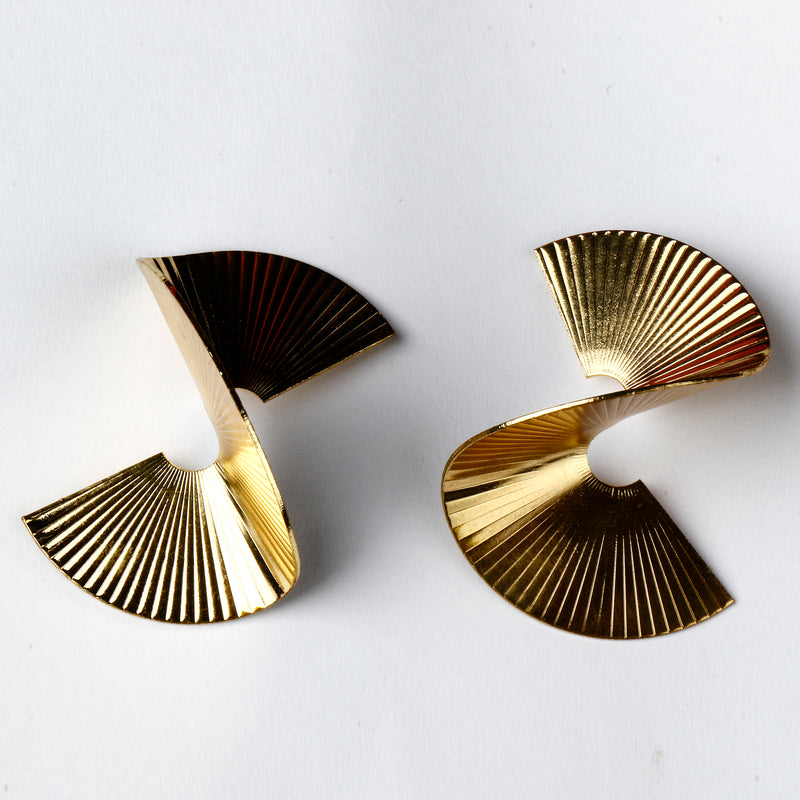 Contemporary spiral Earring