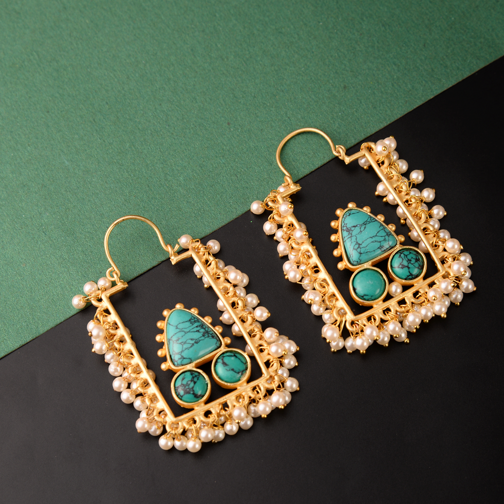 Pearly Frame Earrings