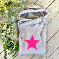 Shimmer & shine bright in our star print cowl neck hoodie. Available in 3 hoodie colours - Light Grey, Dark Grey & Black. You can mix & match the 3 neon bright star colours to your preference -Neon pink, orange or green. Glitter & Mud