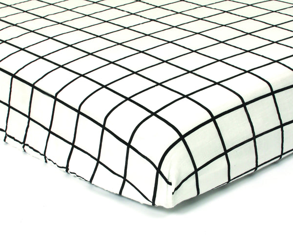 GAUTHIER STUDIO FITTED SHEET POLKA GRID BLACK Billie & Axel, Montreal, Canada