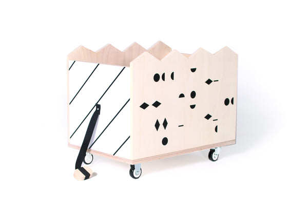 GAUTHIER STUDIO TOYS WOODEN TRAY TCHOU TCHOU DOTS BLACK Billie & Axel, Montreal, Canada