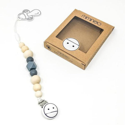miminoo 2 in 1 baby teether & pacifier clip charcoal grey Billie & Axel, Montreal, Canada & USA.