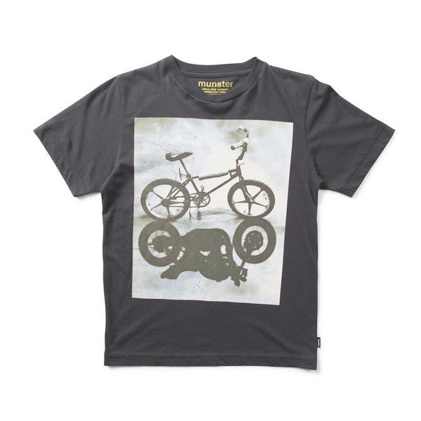 MUNSTERKIDS BOYS TEE BLACK BIKE SHADOWS Billie & Axel, Montreal, Canada