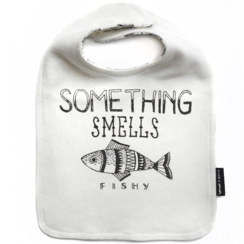 Sproet & Sprout Bib Fishy Reversible Black White BILLIE & AXEL MONTREAL CANADA USA