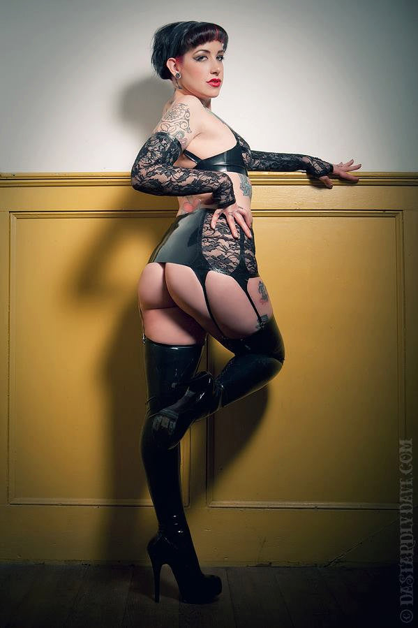 Latex Basic Thigh Highs