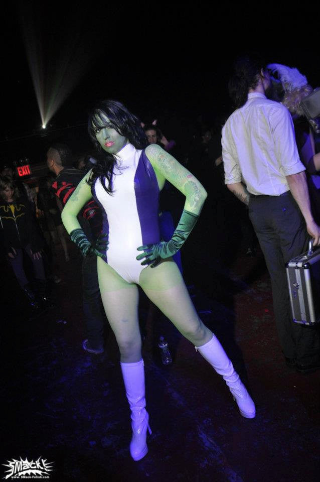 Latex Cosplay: She-Hulk inspired costume
