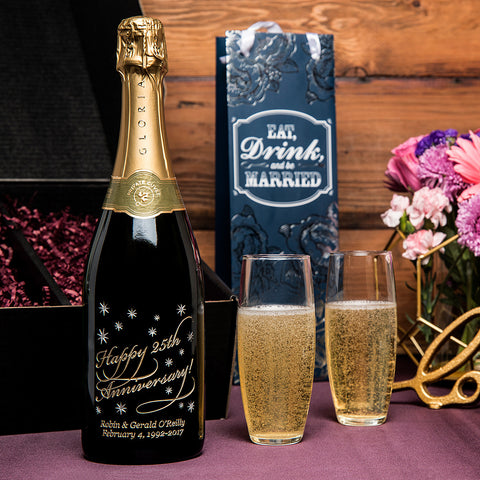 Classic Anniversary Etched Wine Gift Set