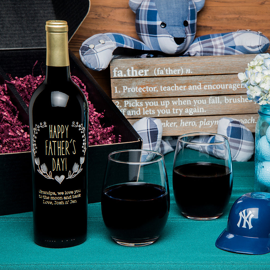 Happy Father's Day Wreath Etched Wine Gift Set