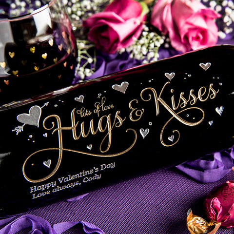 Hugs & Kisses Etched Wine