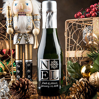 NOEL with Snowflake Etched Favor / 6 btl set