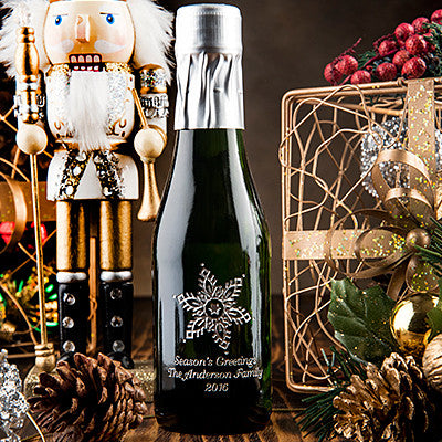 Snowflake Winter Wedding Etched Favor / 6 btl set