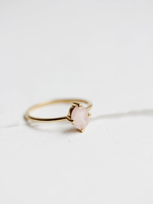 Ava Ring in Rose Quartz