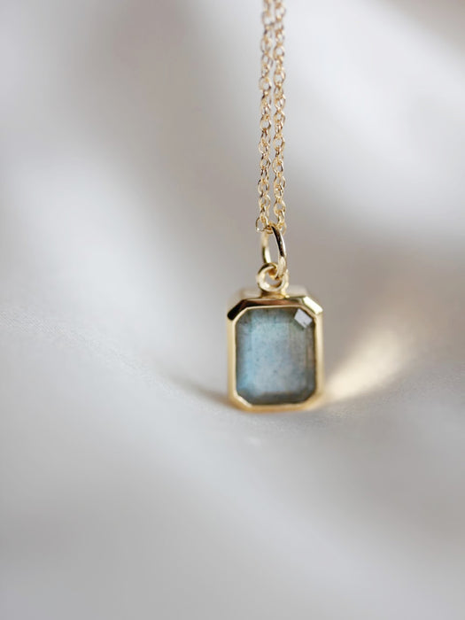 Labradorite Pool Necklace