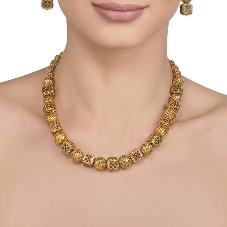 Apijara Necklace