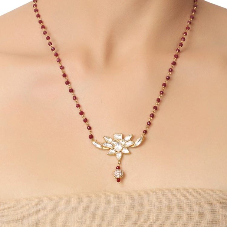 GOLD PLATED PURNA WHTE LOTUS KUNDAN PENDANT NECKLACE SET