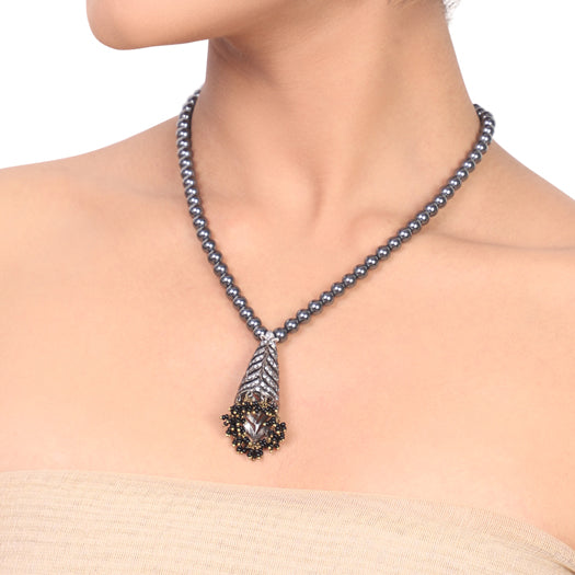 Silver Plated Dor Grey Black Necklace Set