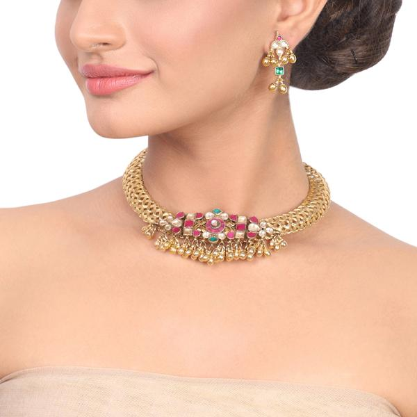 Gold Plated Samastham Wicker Kundan Necklace Set