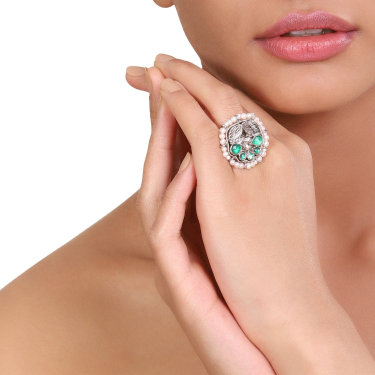 SILVER PLATED HASTHAM GREEN WHITE KUNDAN RING