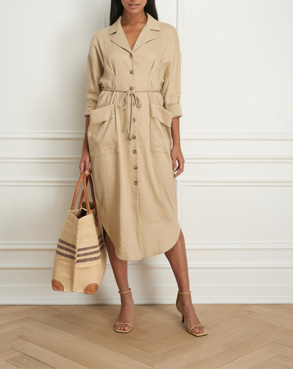 Belted shirt dress wth patch pocket