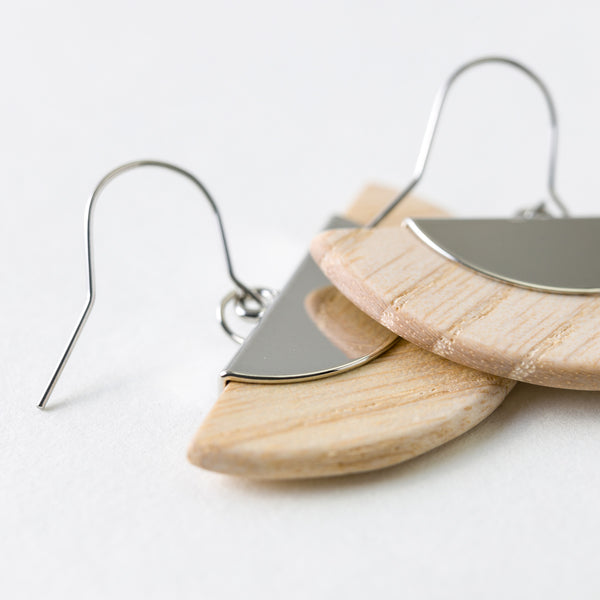 Ougi Earrings White Ash Silver Surgical Stainless Steel