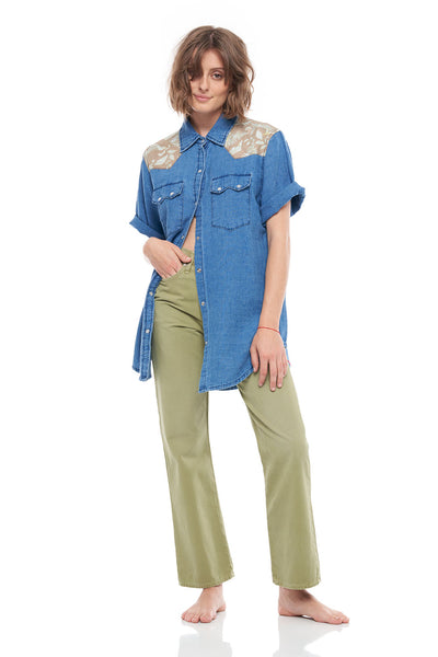 Western Short Sleeve Front Button Shirt in Denim