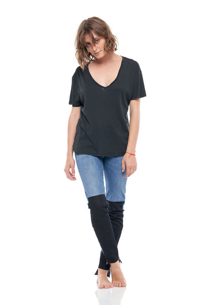V-Neck Short Sleeve Cashmere Rib Tee in Black