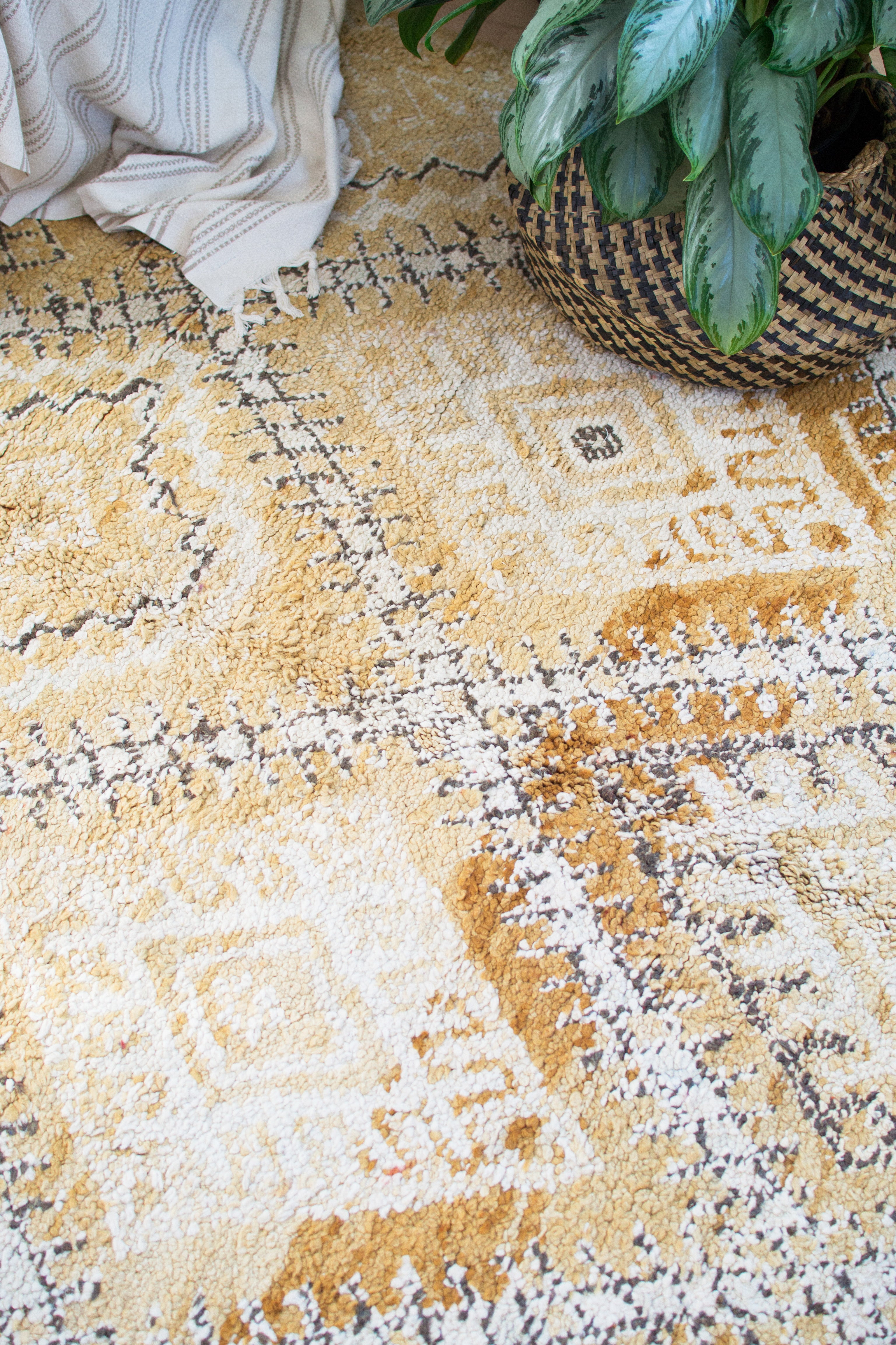 Stay Golden Vintage Moroccan Rug