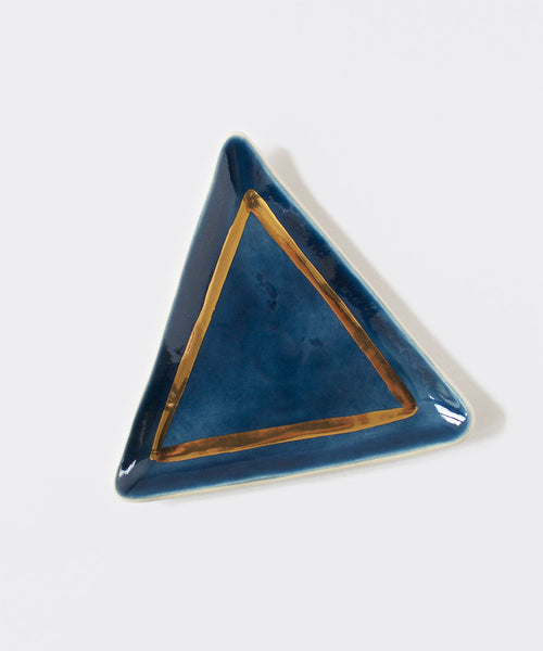 Goldy Triangle Ring Dish (Multiple Colors)