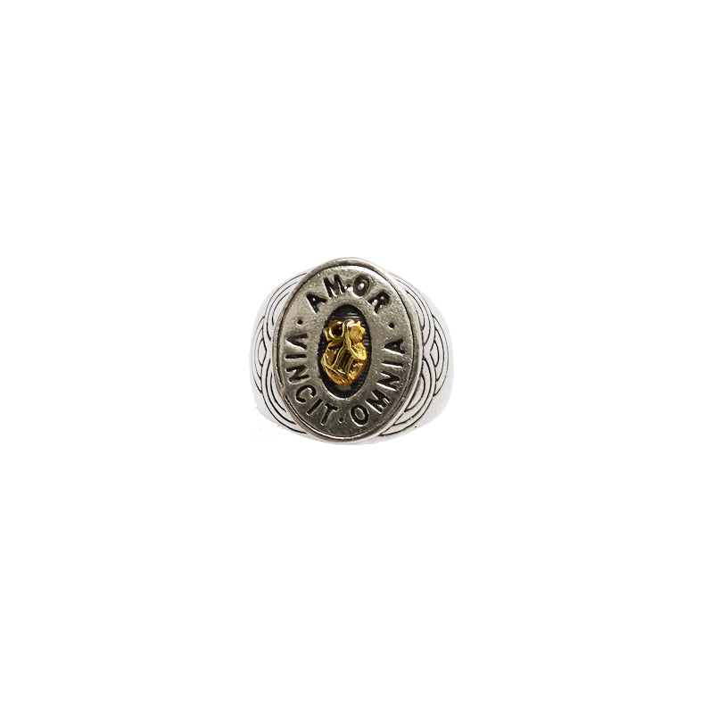 Hunt Of Hounds Love Conquers All signet ring. Anatomical heart surrounded by latin text unisex signet ring.
