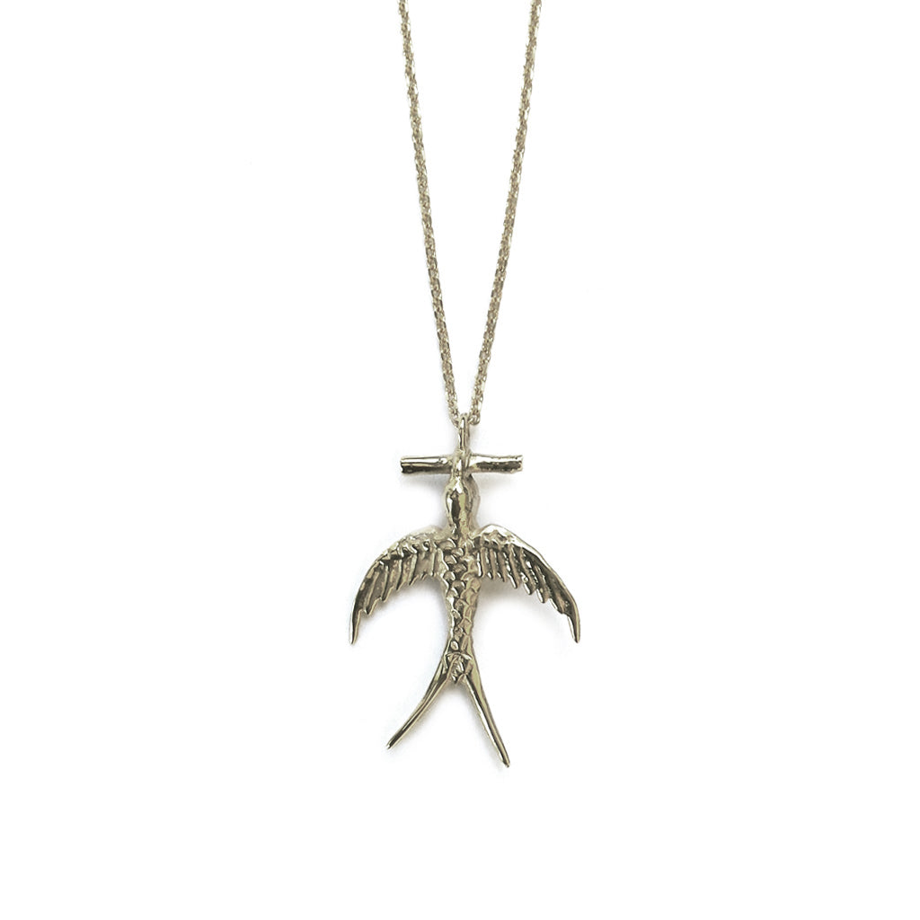 Hunt Of Hounds Cassandra necklace. Messenger bird pendant in silver.