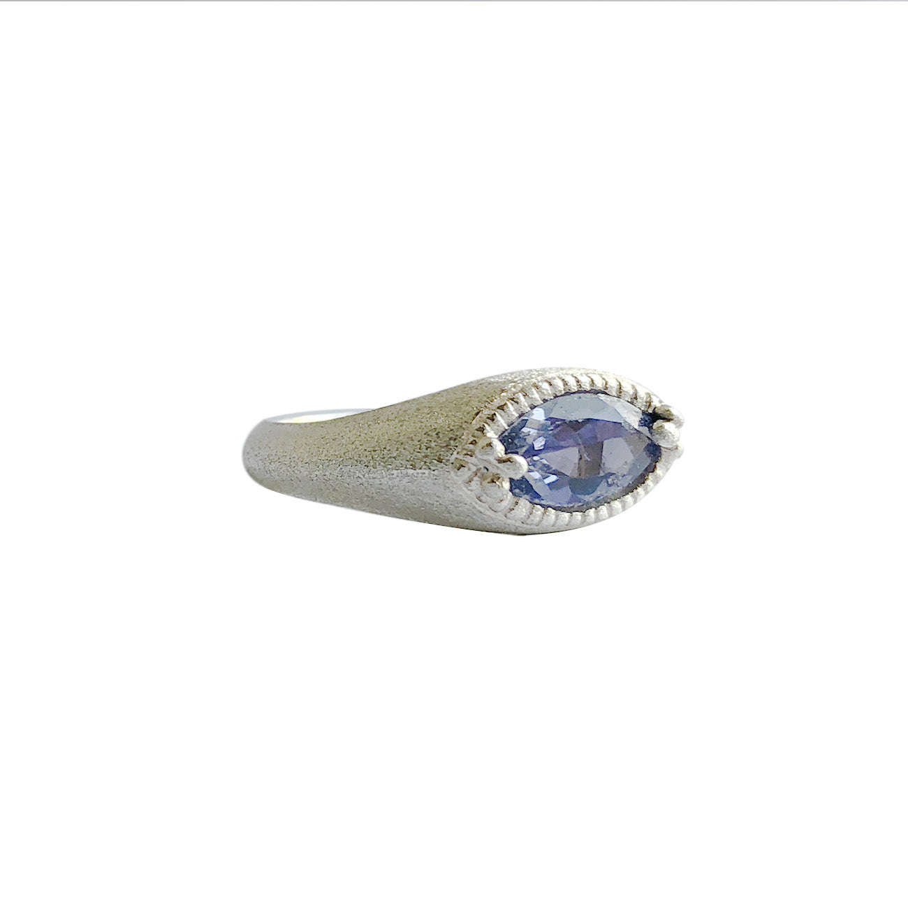 Catha Ring with Iolite - Limited Edition