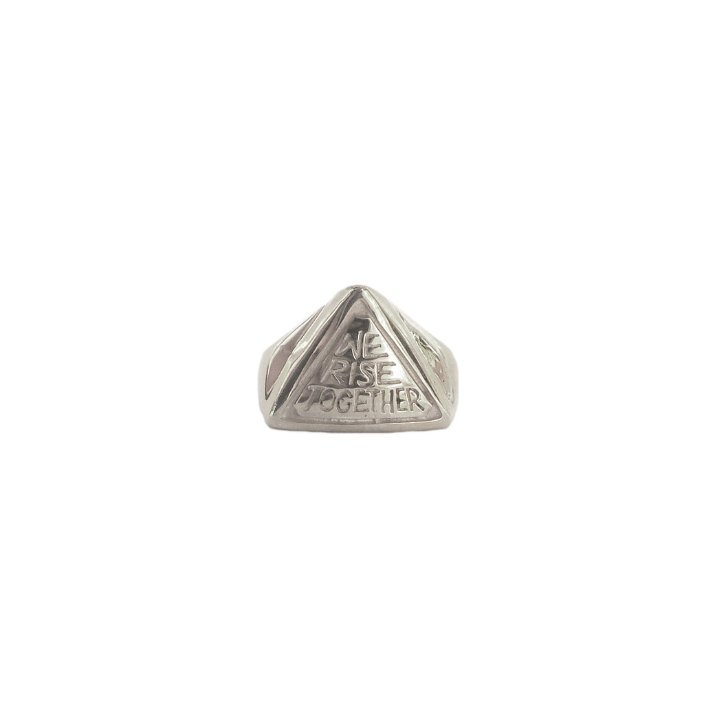 Hunt Of Hounds We Rise Together Signet Ring. Pyramid shape ring with text.