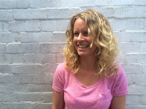 Lindsey Hughes, Curl Whisperer is now an Advanced DevaCurl Stylist!