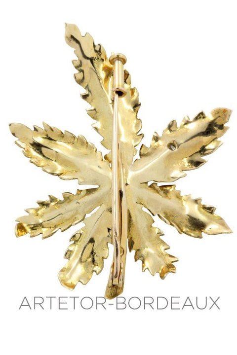 Broche feuille diamant