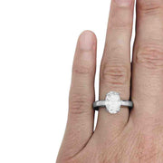 Bague jonc en or blanc, diamant ovale 2,29 cts, H/SI1