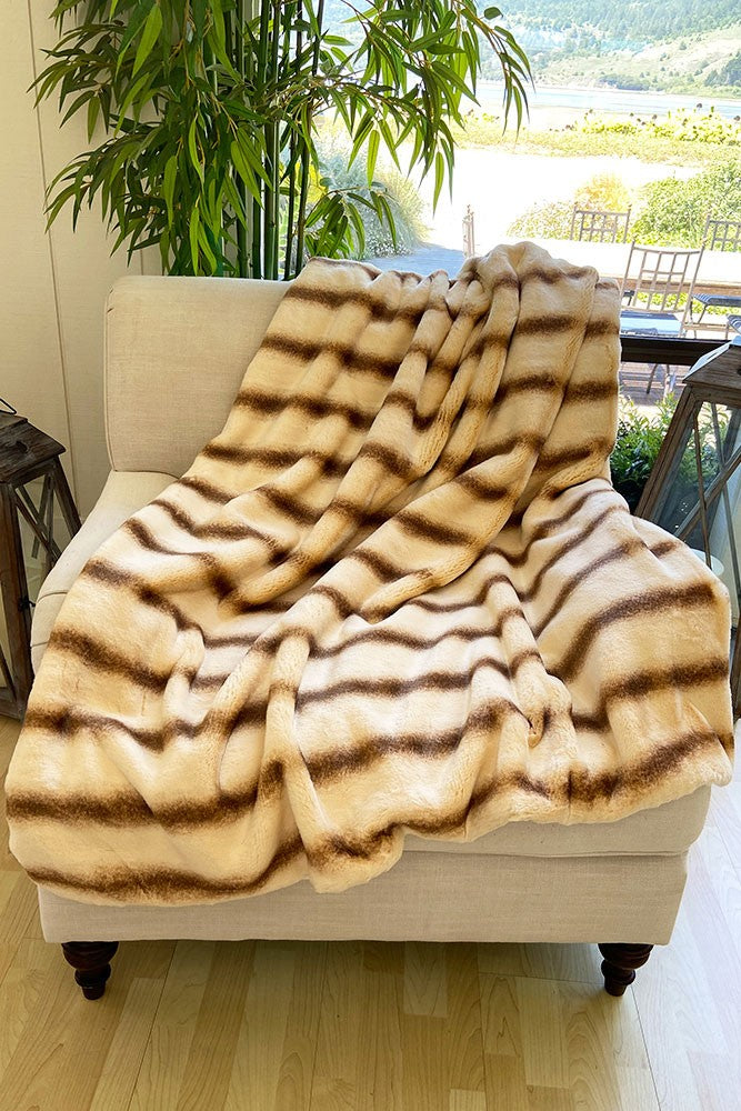 The Hazel Lux Faux Fur Blanket