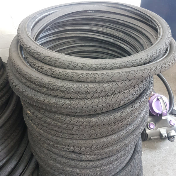 Puncture proof tyres 26""