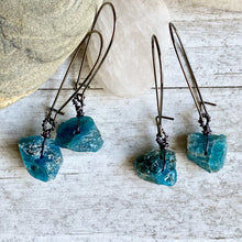 Load image into Gallery viewer, Jasmina  Raw Apatite Earrings