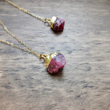 Load image into Gallery viewer, Rani Ruby Necklace