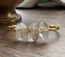 Load image into Gallery viewer, Quixotic Quartz Bangle