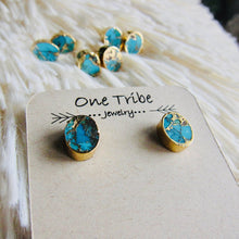 Load image into Gallery viewer, gold turquoise earrings