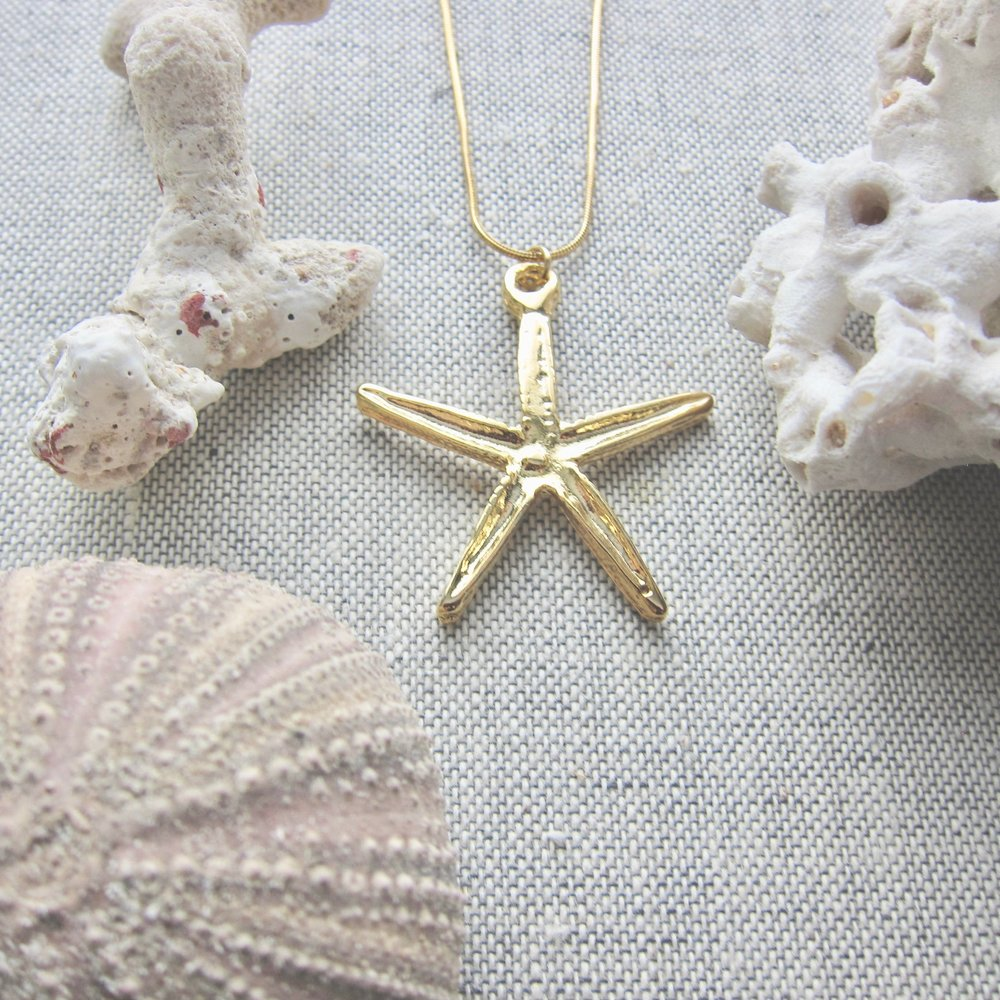 Sea Star Pendant Necklace