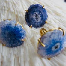 Load image into Gallery viewer, Pluvia Solar Quartz Ring