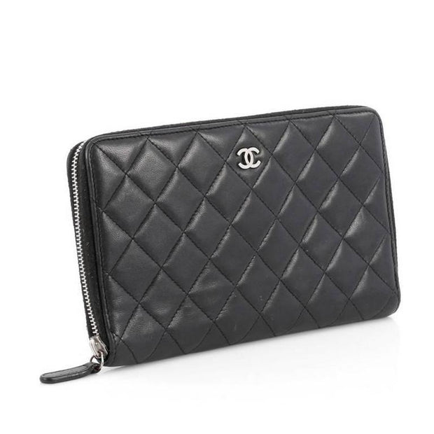 Chanel Zipped Wallet Large Black - LECLASSIQUE
