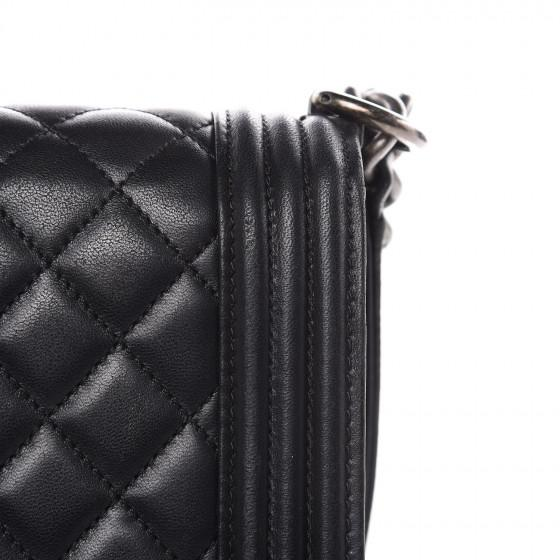 Chanel Boy Flap Quilted Lambskin Large Black - LECLASSIQUE