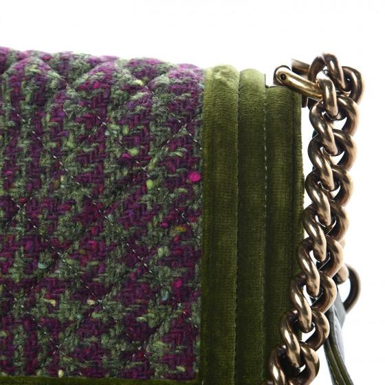CHANEL Velvet Tweed Medium Boy Flap Green - LECLASSIQUE